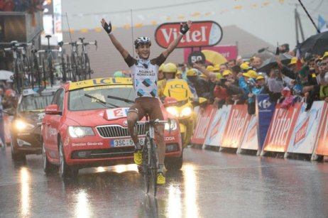 "Frenchman Blel Kadri ""swims"" to stage 8 victory."